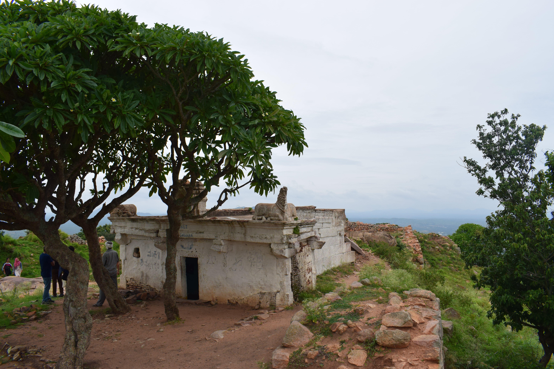 Makali Malleshwara Temple atop Makalidurga hill